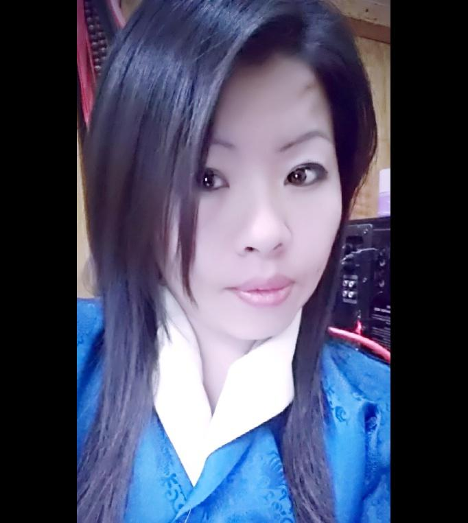 Dorji Wangmo, Accountant